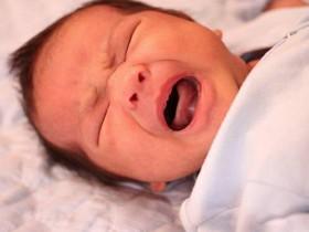 一款可以分析并翻译宝宝哭声的APP