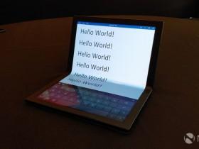 联想推出ThinkPad X1平板电脑,可折叠OLED显示屏