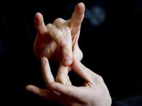 Google 带来了一种手语识别算法,刺激新应用
